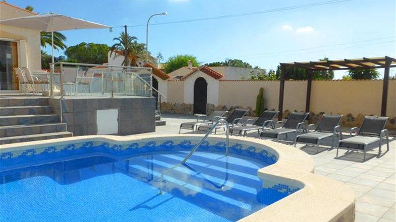 3 Bed Villa (6 Pers.) for Holiday Rental in Ciudad Quesada - 160ST