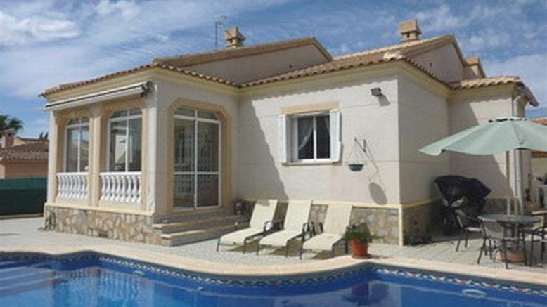 3 Bed Villa (6 Pers.) for Holiday Rental in Ciudad Quesada - 170ST