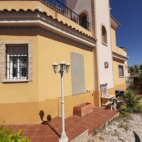 Long Term Rental in Lo Crispin, Algorfa / Detached Villa / 565LT