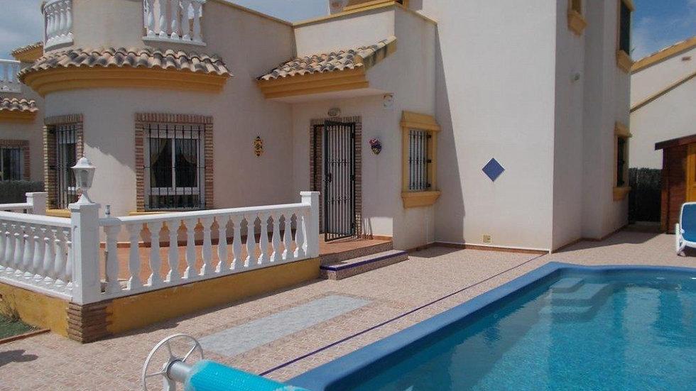 Holiday Rental in El Raso, Guardamar / Villa with Private Pool / RASO ST