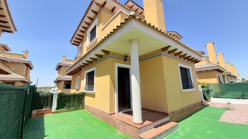 Long Term Rental in Doña Pepa, Ciudad Quesada · Semi Detached Villa · 111LT