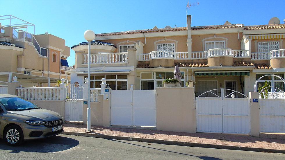 Long Term Rental in Doña Pepa, Ciudad Quesada - Townhouse - 200LT