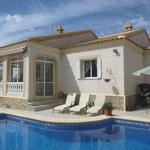 Holiday Rental in Ciudad Quesada / Villa with Private Pool / QUILES ST