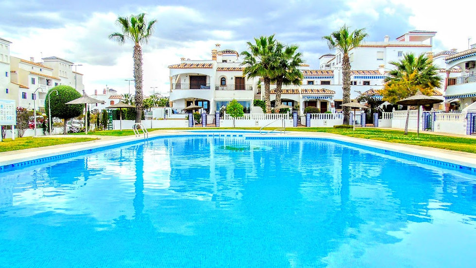2 Bed Apartment for Winter Rental in Villamartin - 860WT