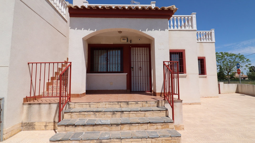 2 Bed Bungalow for Long Term Rental in Daya Vieja - 1040LT