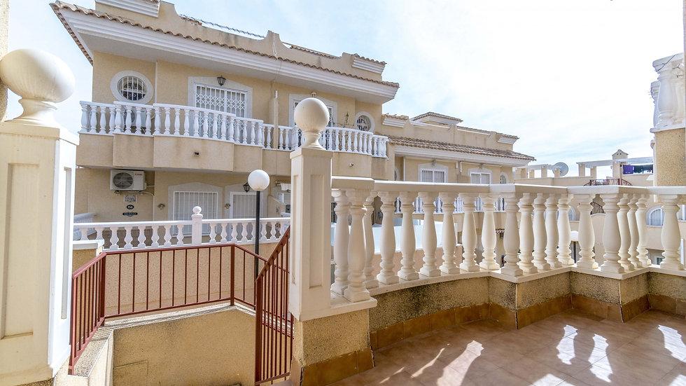 Long Term Rental in Villamartin, Orihuela Costa - Townhouse - 032LT