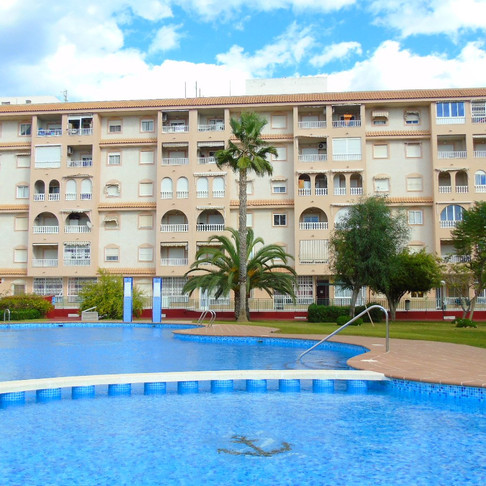 Long Term Rental in Parque de las Naciones, Torrevieja / Apartment / 900LT