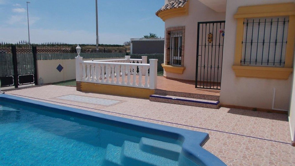 Holiday Rental in El Raso, Guardamar · Villa with Private Pool · RASO