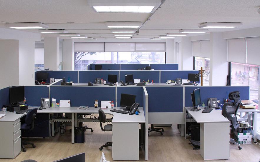 Puestos modulares de trabajoXxx.jpg