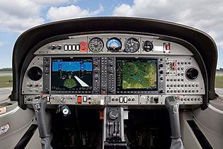 csm_Cockpit_DA42-VI_Garmin_NXi_559d0bcd8