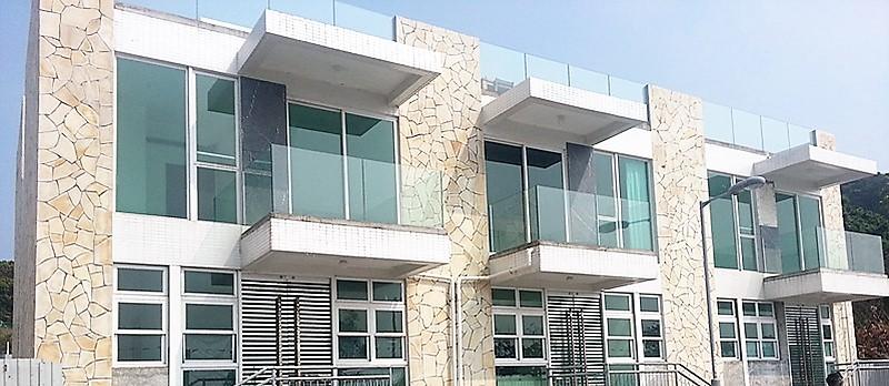 New Villa Cecil (18 Blocks)