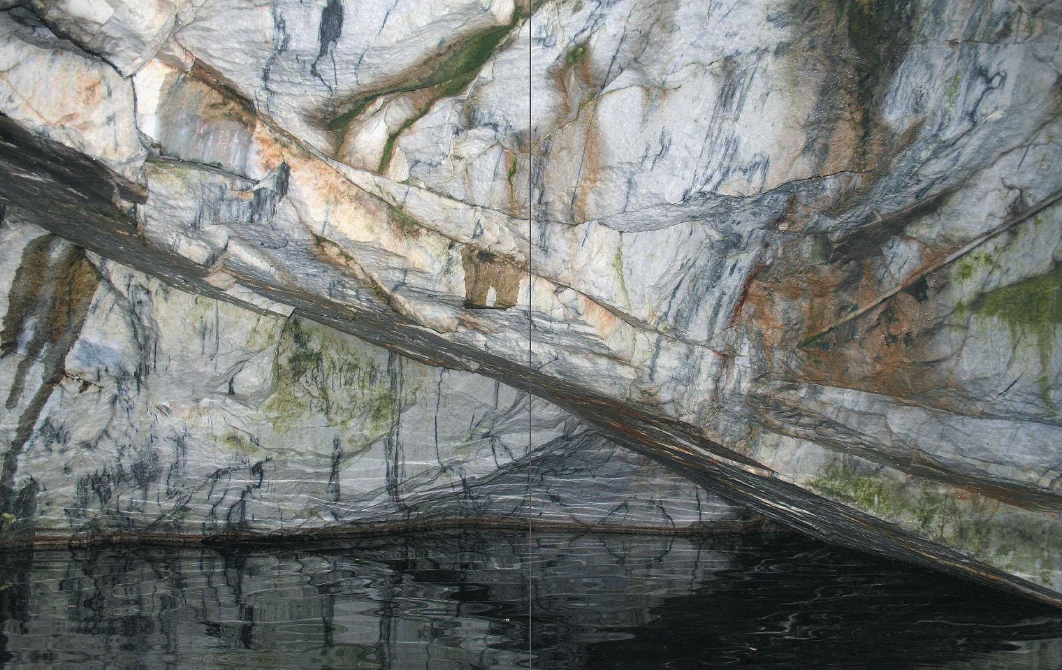 Ruskeala marmoria