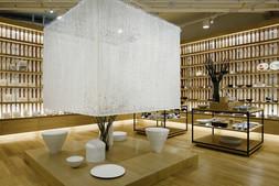 建築家・隈研吾氏とのコラボレーション作品「かみのいえ」