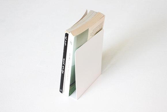 Bookend- צבע לבן