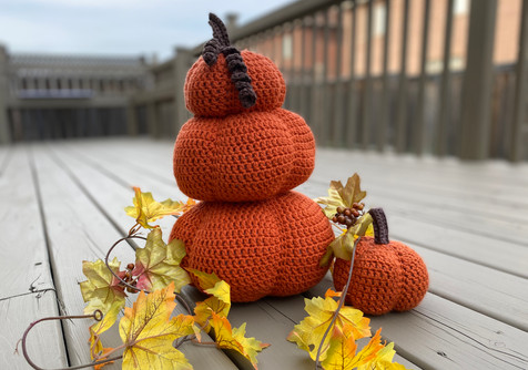 Crochet Stacked Pumpkin!