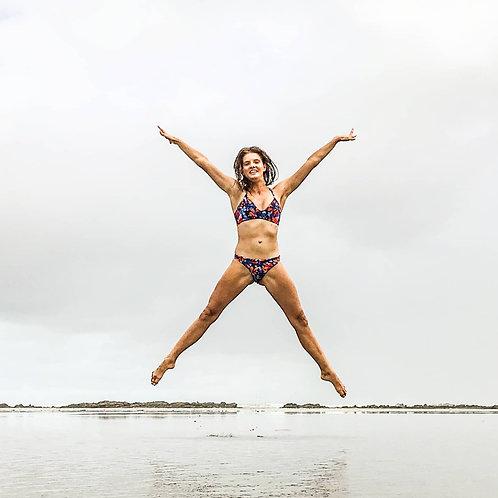 Sustainable Chica Bonita reversible moderate bikini bottom in Petalicious print