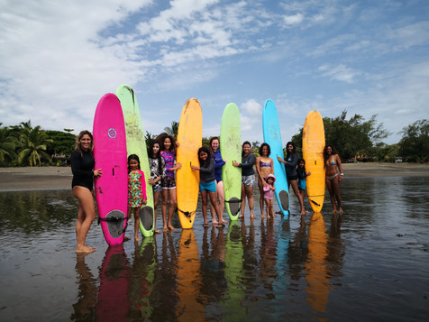 Surf workshop with the surf coach team from Sansara Resort and ambassador Alexandra Correa