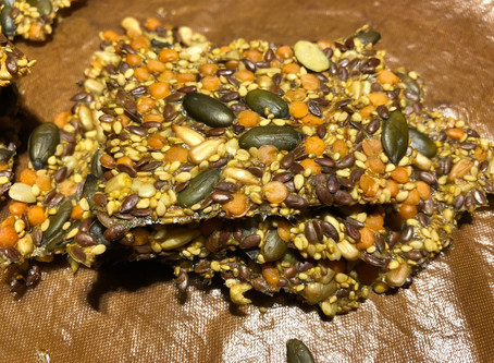 Seed crackers with lentils (Fröknäcke med linser)