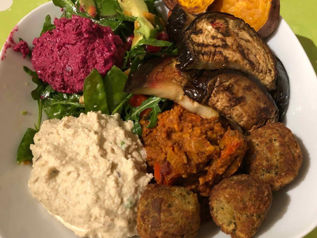 Eat a rainbow: Salads & Buddha bowls
