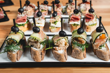 Ahi Tuna, Smoked Salmon and Brie Hors D'oeuvres