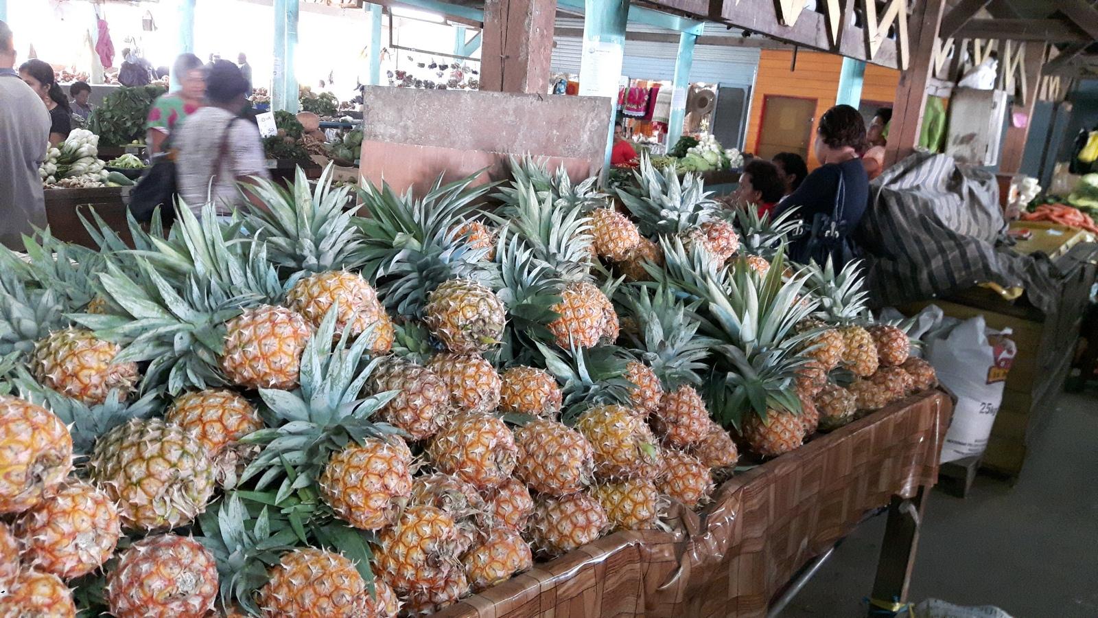 Savusavu al mercato