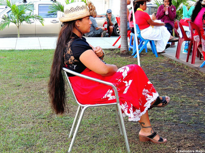 Tahiti, Papeete, si ascolta la musica