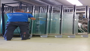 Alt i glass, Revetal Glasservice AS, Innramming, glassmester, bilglass