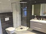 Revetal Glasservice AS monterer og leverer Interiør, dusj, bad, speil, innredning