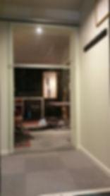 Dorma glassdør, Innendørs glass, Glass innspilling studio, Revetal Glasservice AS, www.revetalglasservice.no, glassmester