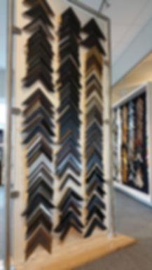 Godt utvalg rammeprøver, Innramming, rammemaker, glassmester, speil, wizard 9000, paspatur, Revetal Glasservice AS, www.revetalglasservice.no, bilder, artglass, kunst, lerett, brodderi