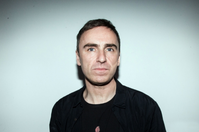 Raf Simons to hold his SS17 show at Pitti Uomo
