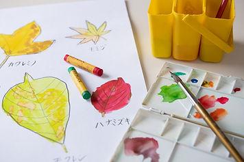 お絵かき好きな子どもたちが集まる教室