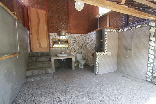Bungalow_bathroom.jpg