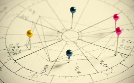 astrology.readings.2.jpg