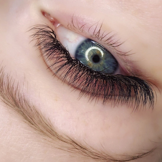 Hybrid Lashes. 10mm-12mm.