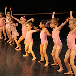kids dancing at a performance