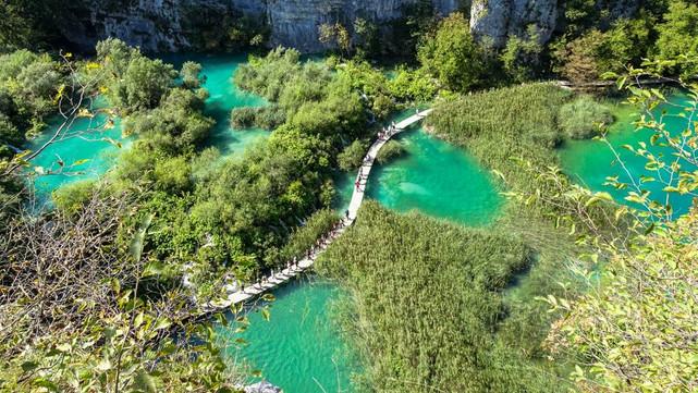 Visitar el Parque Nacional de los Lagos de Plitvice, Croacia