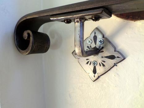 Etched Handrail 2016 Bracket