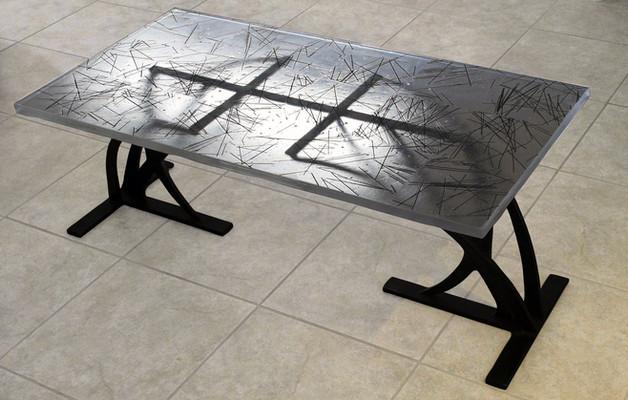 Vitreous Table