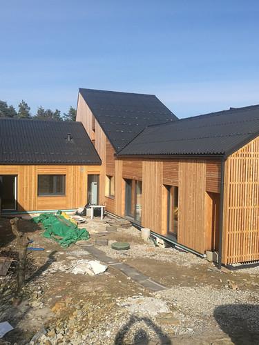 Celovita obnova montažne hiše Varlovo naselje, Maribor