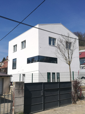 Obnovljena stanovanjska hiša Janežičeva, Maribor