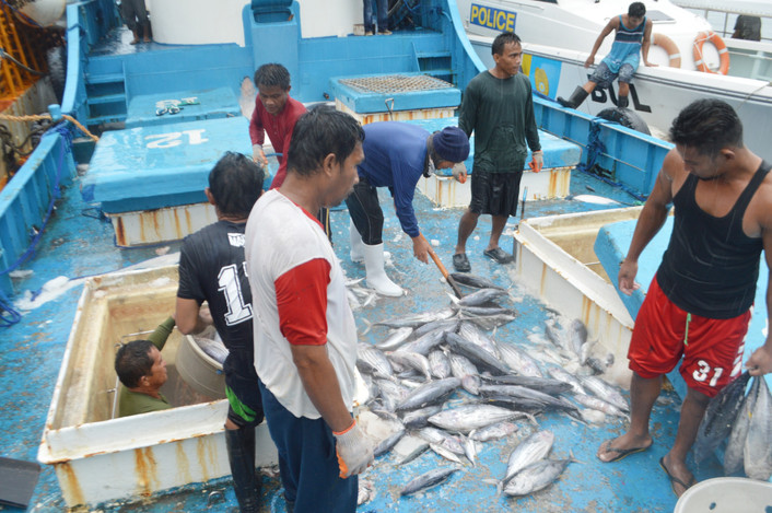 Tuna Commission Adopts Pacific Port Inspections Of Suspect Fishing Boats