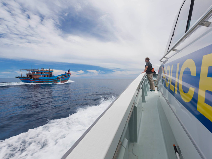 """Tuna Commission Urged To Address Influx of Vietnamese """"Blue Boats"""""""