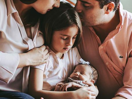 Cómo nos deberíamos vestir para una sesión newborn en casa?