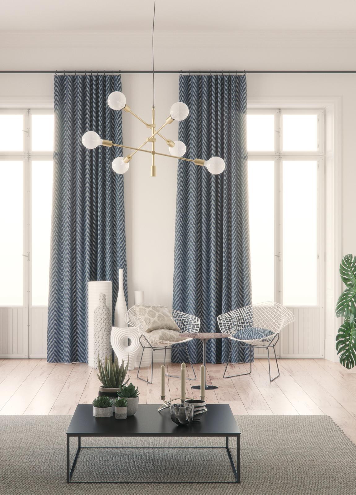 Rideaux bleus et luminaire