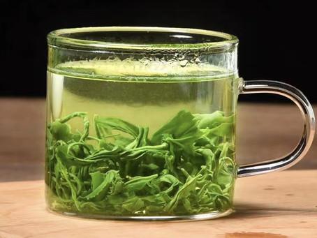 Why green tea helps lower blood sugar?