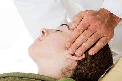 craniosacral traitement.jpg