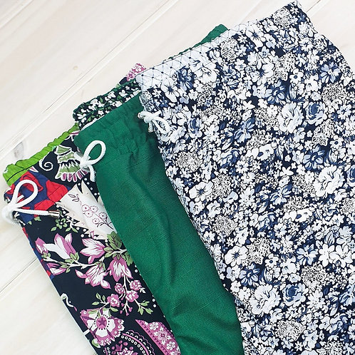 Men's Casual Shorts Elastic Waist Comfy Workout Shorts with Zipper Pockets