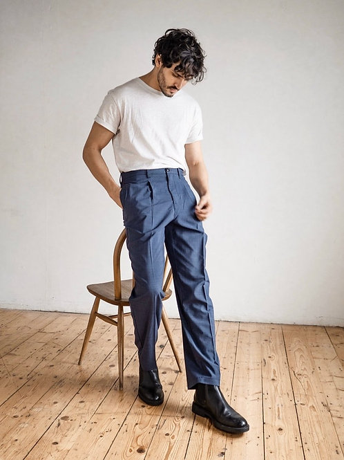 Customized Men's Classic-Fit Wrinkle-Resistant Flat-Front Chino Pant
