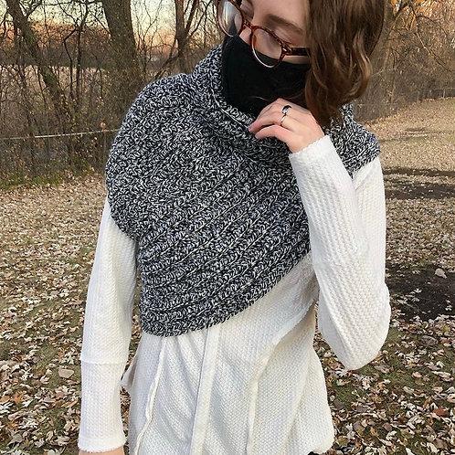1004 Designs Black and White Tweed Cowl